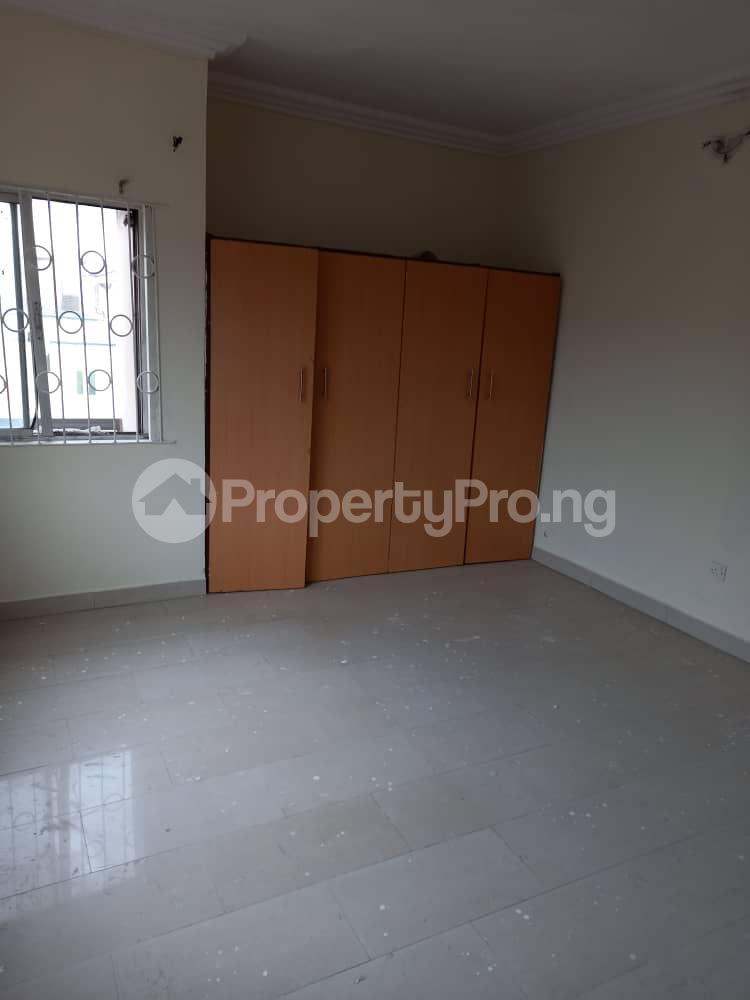 2 bedroom Flat / Apartment for rent Adekunle kuye Adelabu Surulere Lagos - 4