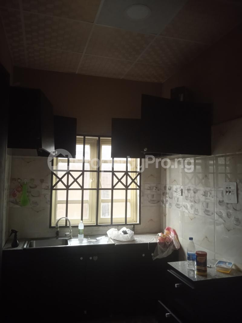 2 bedroom Flat / Apartment for rent Baiye Ogunlana Surulere Lagos - 1