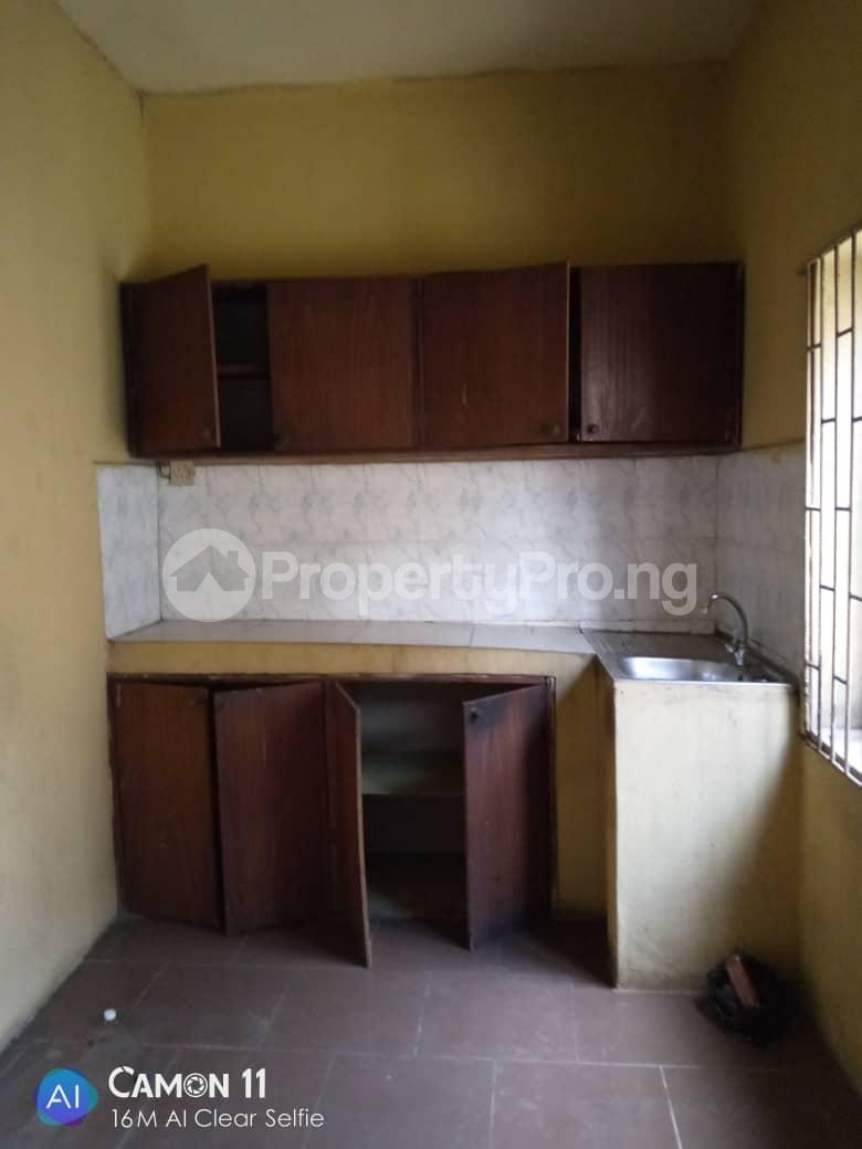2 bedroom Blocks of Flats House for rent Ojodu off grammar school powerline area. Berger Ojodu Lagos - 10