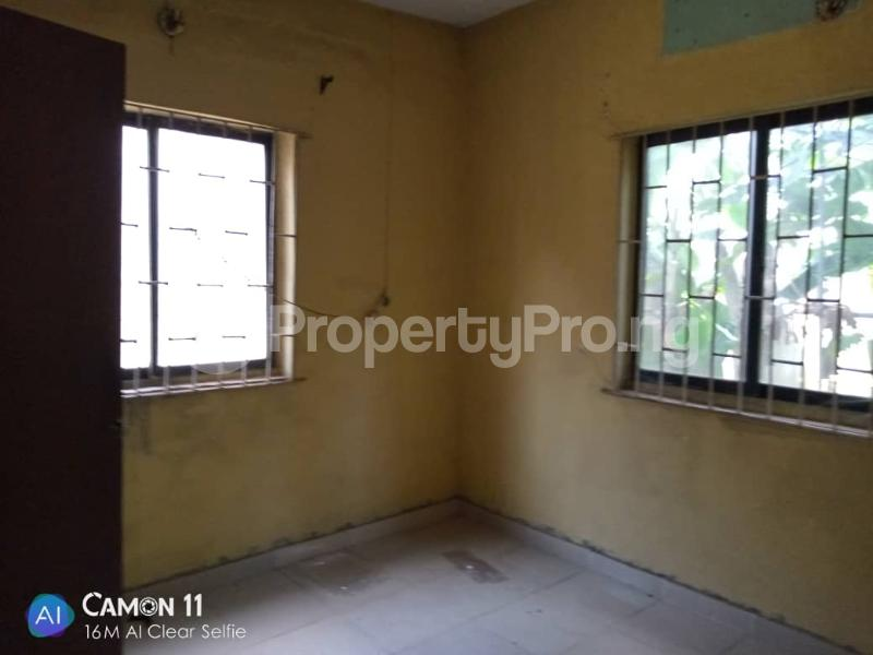 2 bedroom Blocks of Flats House for rent Ojodu off grammar school powerline area. Berger Ojodu Lagos - 13