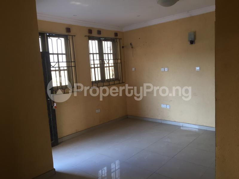 3 bedroom Flat / Apartment for rent Ogungbamila  Akoka Yaba Lagos - 0