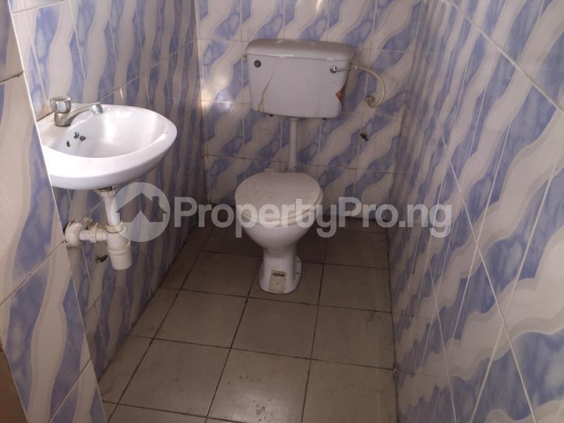 3 bedroom Flat / Apartment for rent Community Road  Akoka Yaba Lagos - 13