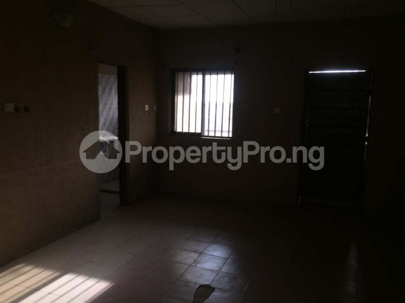 3 bedroom Flat / Apartment for rent Community Road  Akoka Yaba Lagos - 3