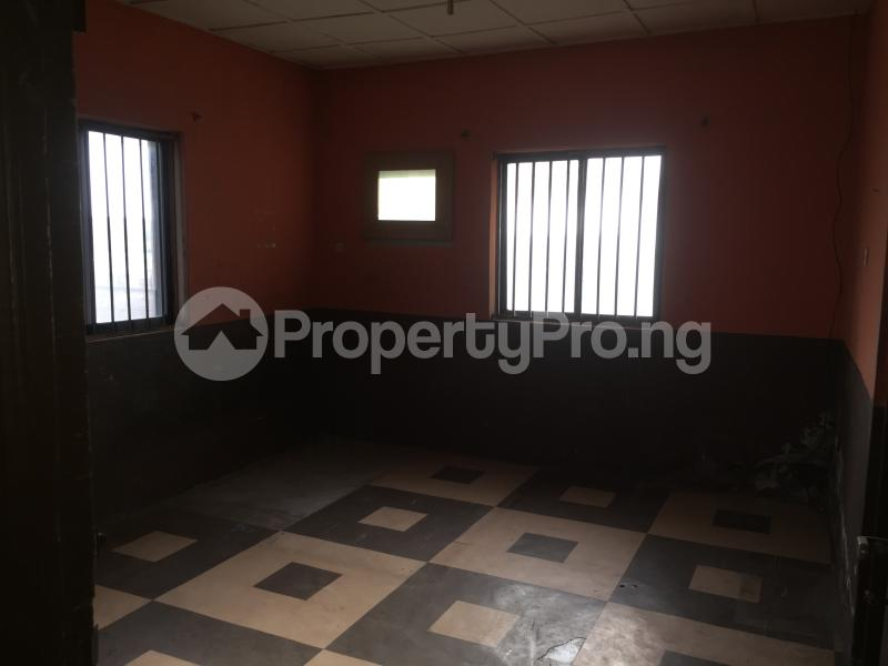 3 bedroom Flat / Apartment for rent Community Road  Akoka Yaba Lagos - 5