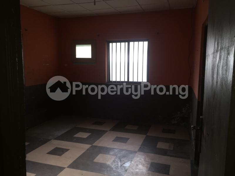 3 bedroom Flat / Apartment for rent Community Road  Akoka Yaba Lagos - 7
