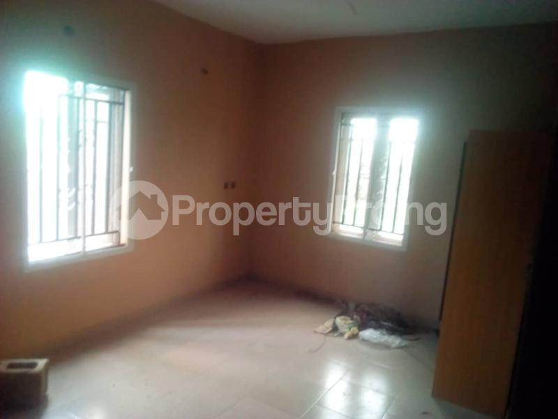 3 bedroom Flat / Apartment for rent Magboro back of mfm Magboro Obafemi Owode Ogun - 3