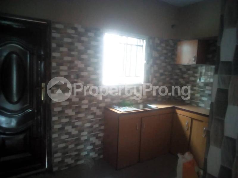 3 bedroom Flat / Apartment for rent Magboro back of mfm Magboro Obafemi Owode Ogun - 2
