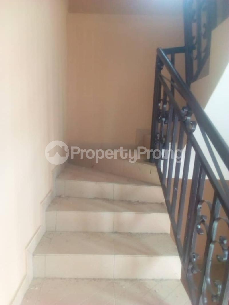 3 bedroom Flat / Apartment for rent Magboro back of mfm Magboro Obafemi Owode Ogun - 8
