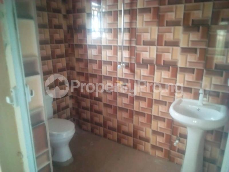 3 bedroom Flat / Apartment for rent Magboro back of mfm Magboro Obafemi Owode Ogun - 6