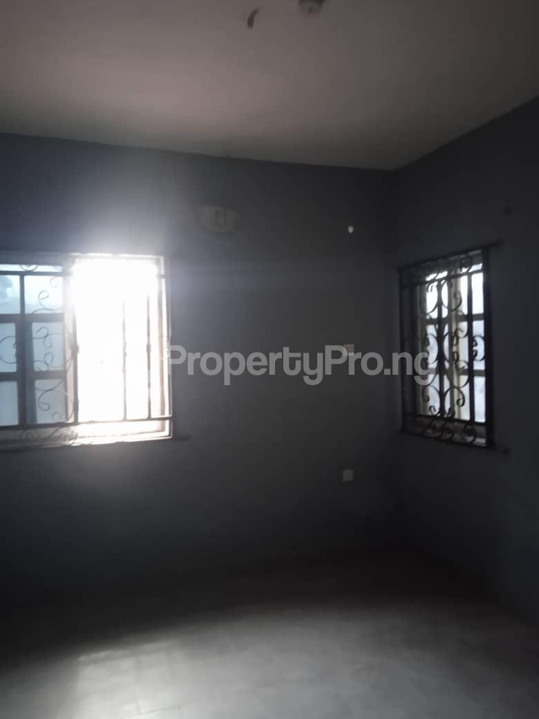 Flat / Apartment for rent Agbonyin Adelabu Surulere Lagos - 3