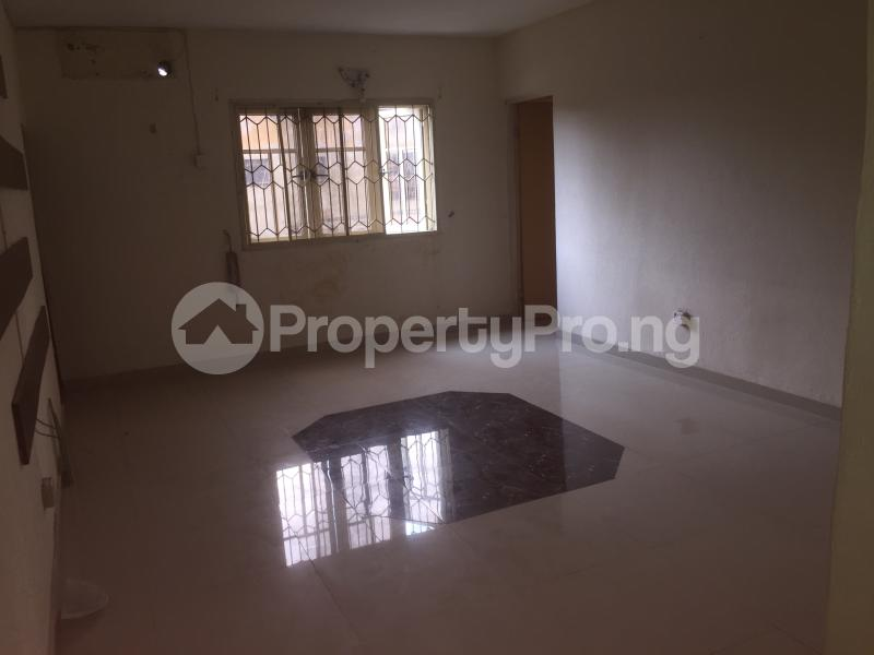 3 bedroom Flat / Apartment for rent Lawani  Onike Yaba Lagos - 1