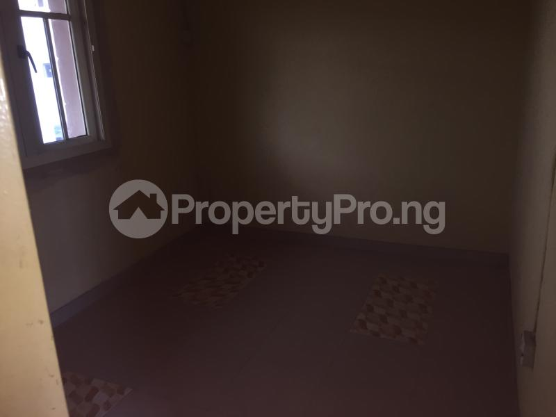 3 bedroom Flat / Apartment for rent Lawani  Onike Yaba Lagos - 6