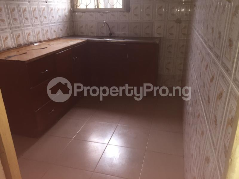 3 bedroom Flat / Apartment for rent Lawani  Onike Yaba Lagos - 7