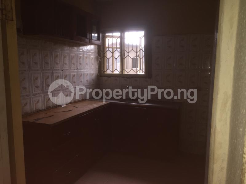 3 bedroom Flat / Apartment for rent Lawani  Onike Yaba Lagos - 8