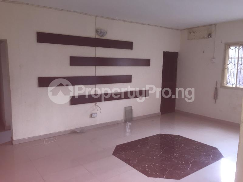 3 bedroom Flat / Apartment for rent Lawani  Onike Yaba Lagos - 2