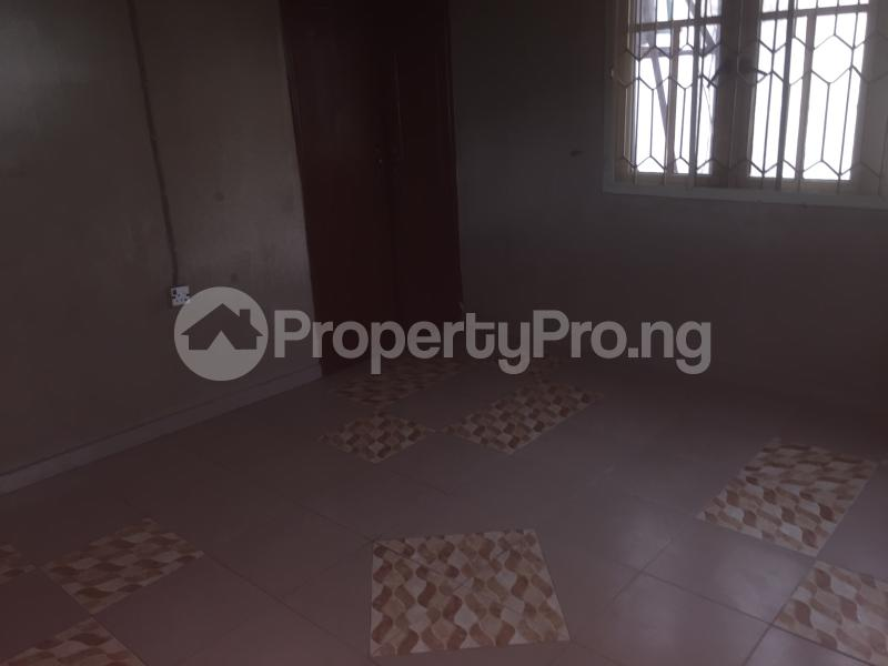 3 bedroom Flat / Apartment for rent Lawani  Onike Yaba Lagos - 4