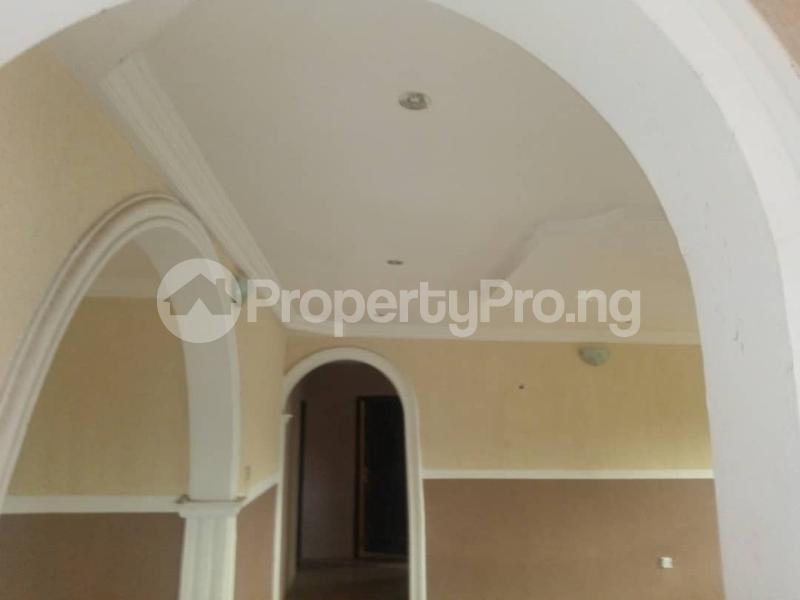 3 bedroom Self Contain Flat / Apartment for rent Olosan Ashipa off Akala express  Akala Express Ibadan Oyo - 3