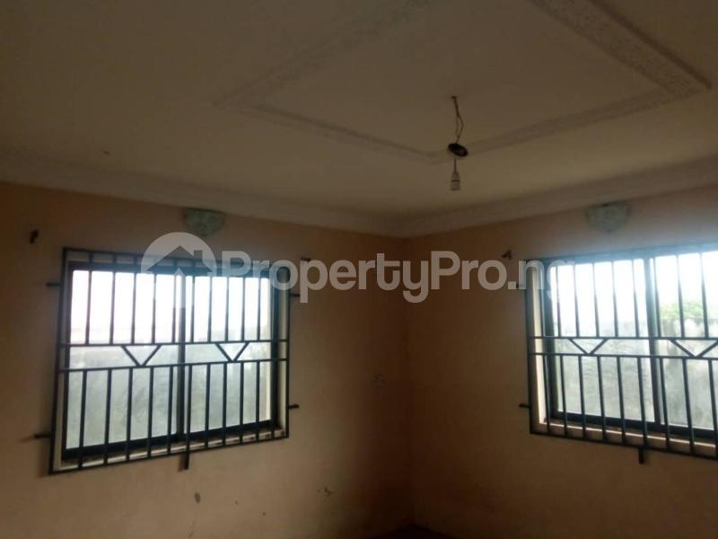 3 bedroom Self Contain Flat / Apartment for rent Olosan Ashipa off Akala express  Akala Express Ibadan Oyo - 1