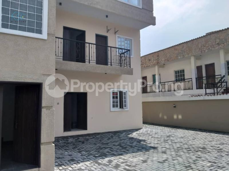 3 bedroom Flat / Apartment for rent Off admiralty way Lekki Phase 1 Lekki Lagos - 14