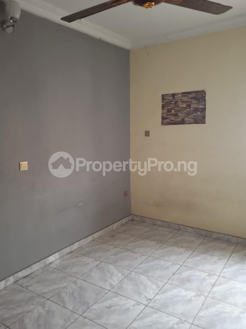 3 bedroom Flat / Apartment for rent Adekunle kuye Adelabu Surulere Lagos - 4