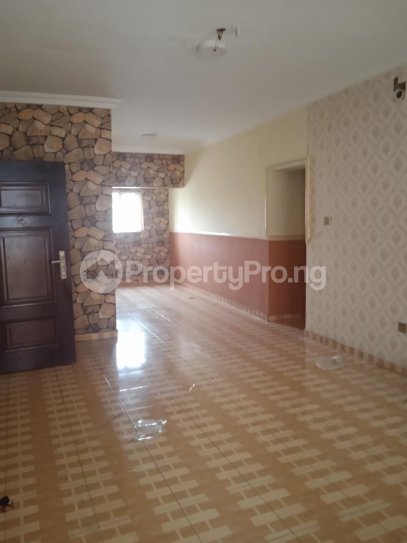 3 bedroom Flat / Apartment for rent Adekunle kuye Adelabu Surulere Lagos - 1