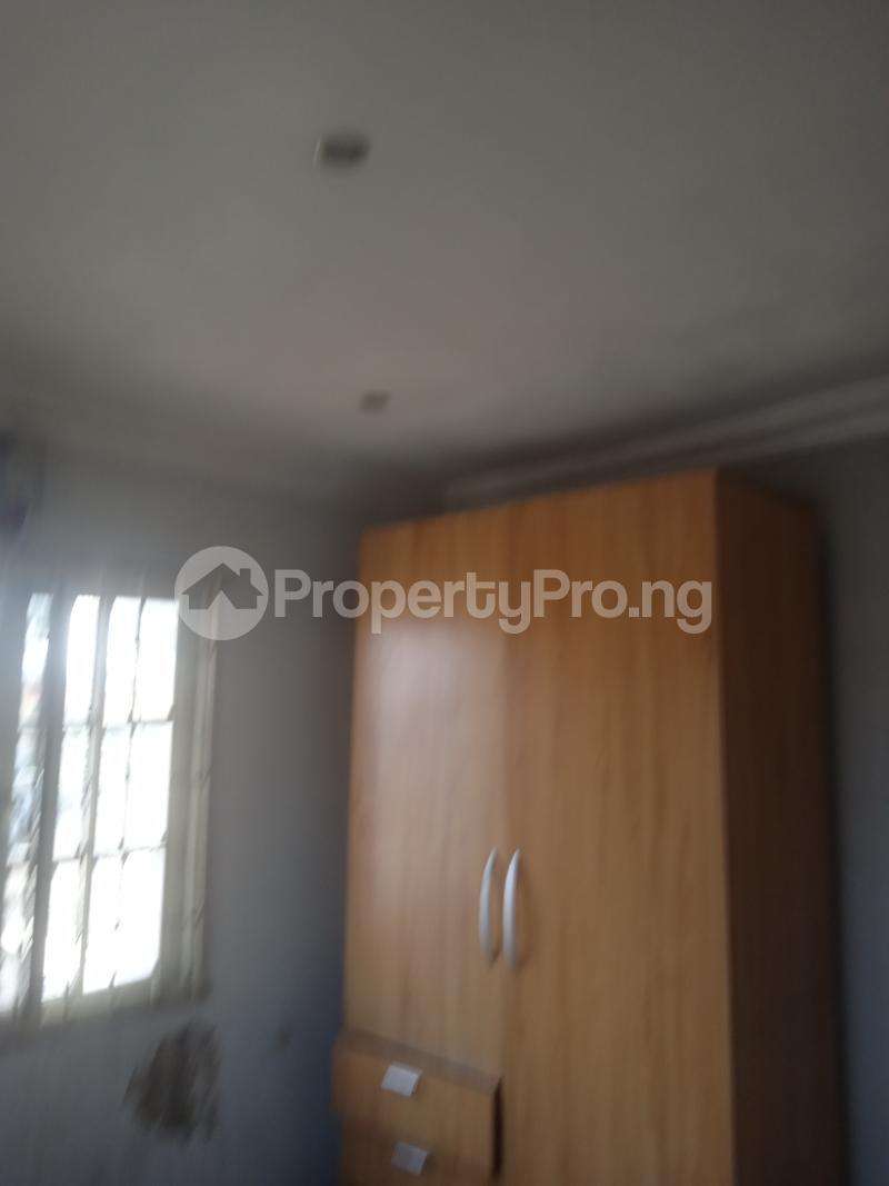 3 bedroom Flat / Apartment for rent Akinsemoyin Bode Thomas Surulere Lagos - 5