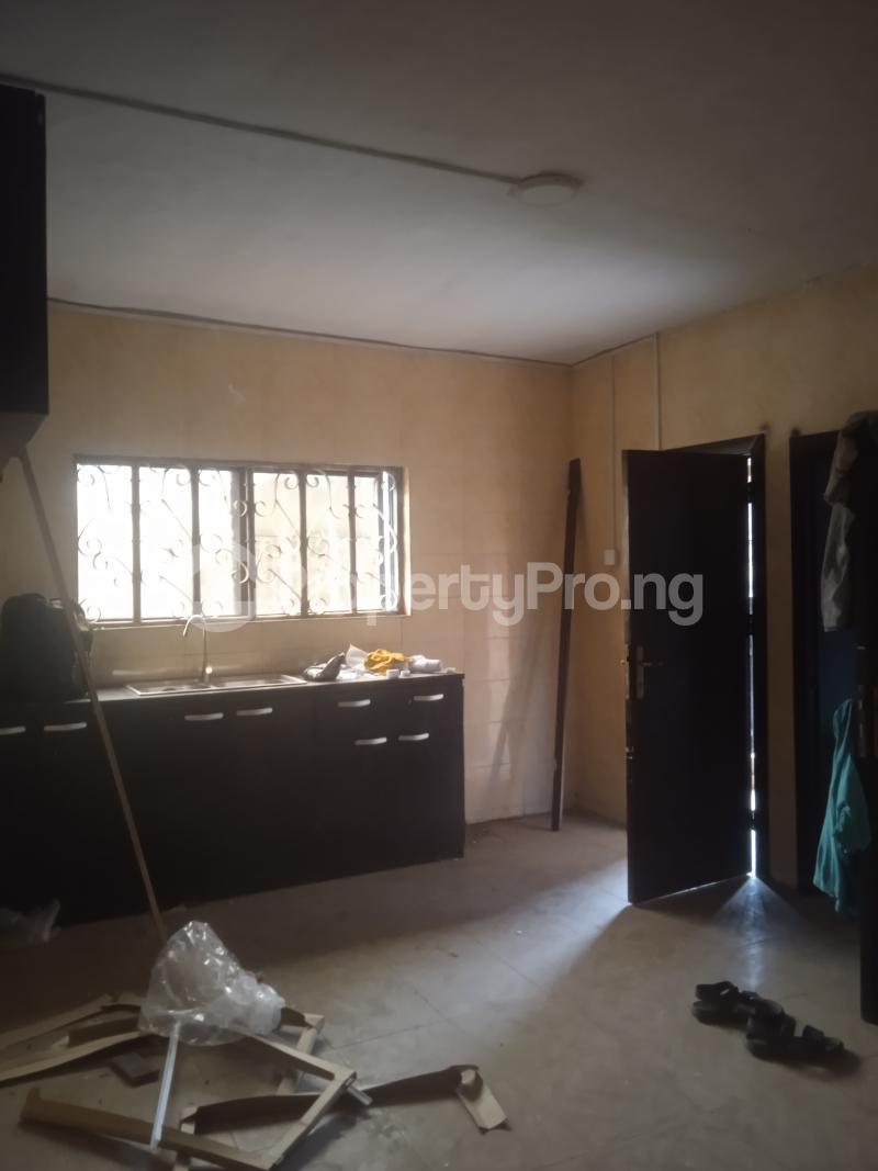3 bedroom Flat / Apartment for rent Eloseh Kilo-Marsha Surulere Lagos - 1