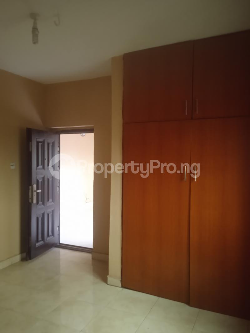3 bedroom Flat / Apartment for rent Oduduwa Kilo-Marsha Surulere Lagos - 7