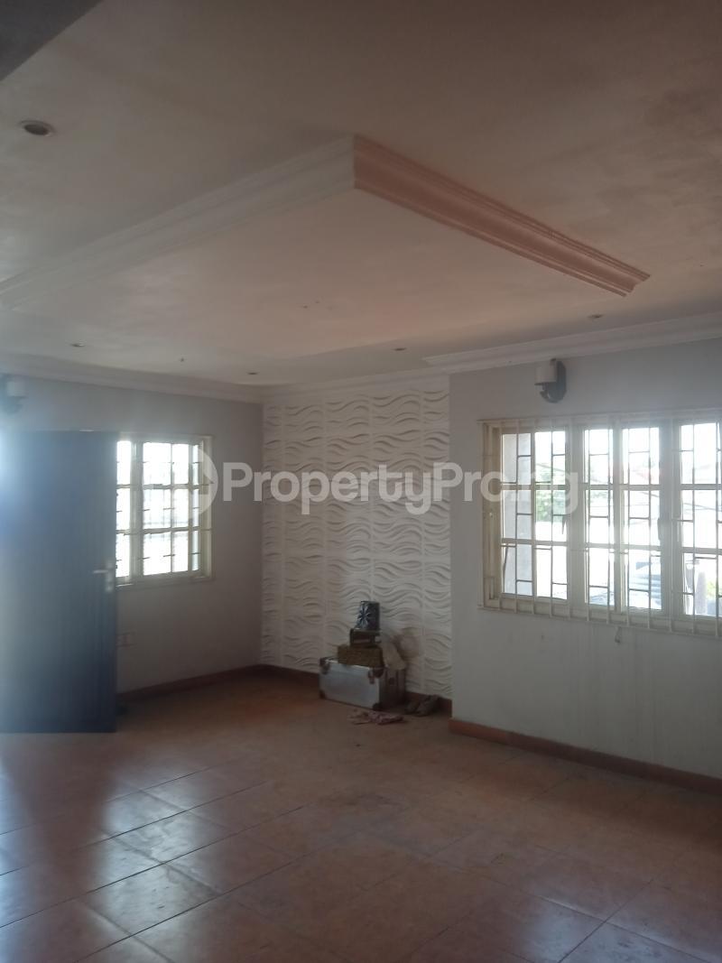 3 bedroom Flat / Apartment for rent Akinsemoyin Bode Thomas Surulere Lagos - 0