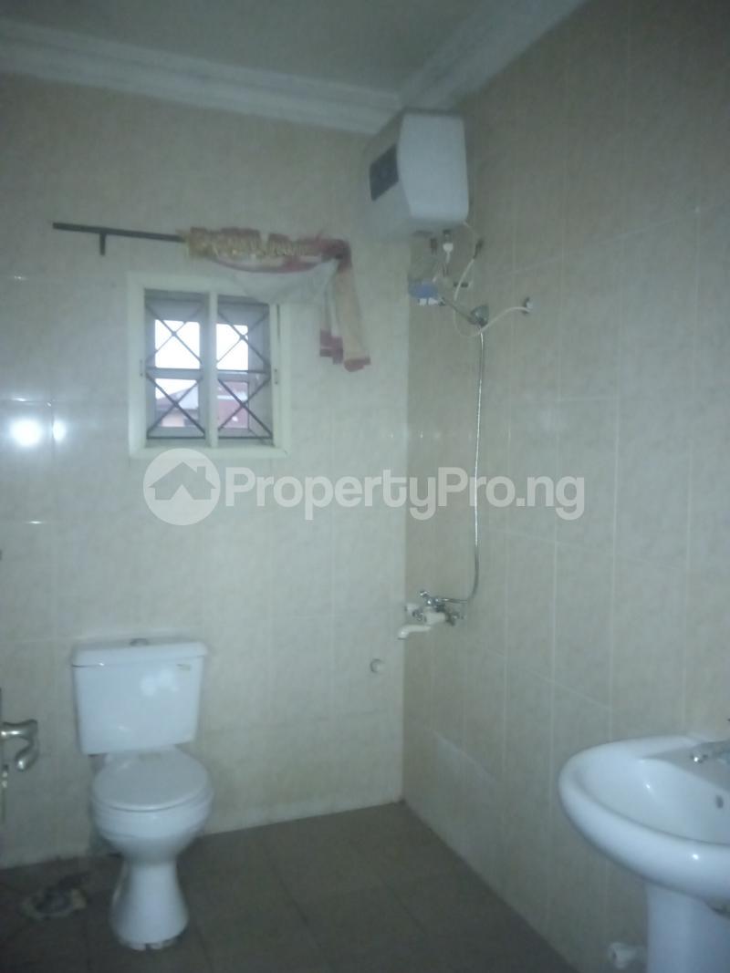 3 bedroom Flat / Apartment for rent Ishola Randle Avenue Surulere Lagos - 4