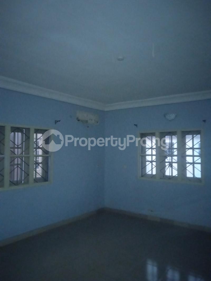 3 bedroom Flat / Apartment for rent Ishola Randle Avenue Surulere Lagos - 5