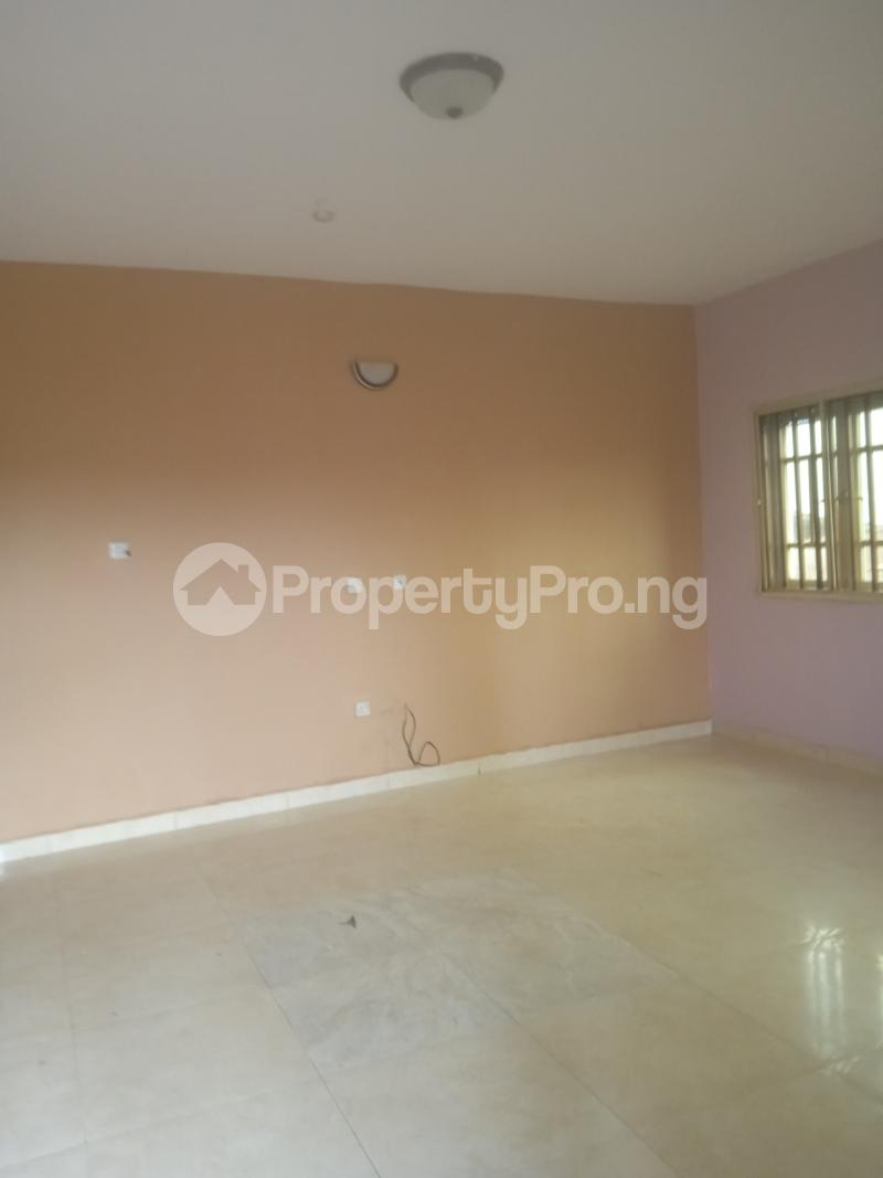 3 bedroom Flat / Apartment for rent Oduduwa Kilo-Marsha Surulere Lagos - 4