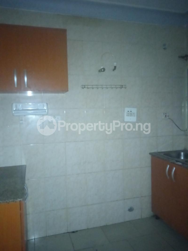 3 bedroom Flat / Apartment for rent Ishola Randle Avenue Surulere Lagos - 6