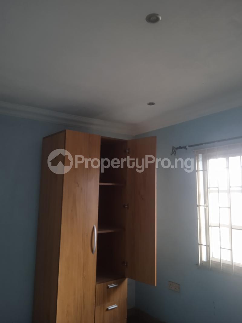 3 bedroom Flat / Apartment for rent Akinsemoyin Bode Thomas Surulere Lagos - 3