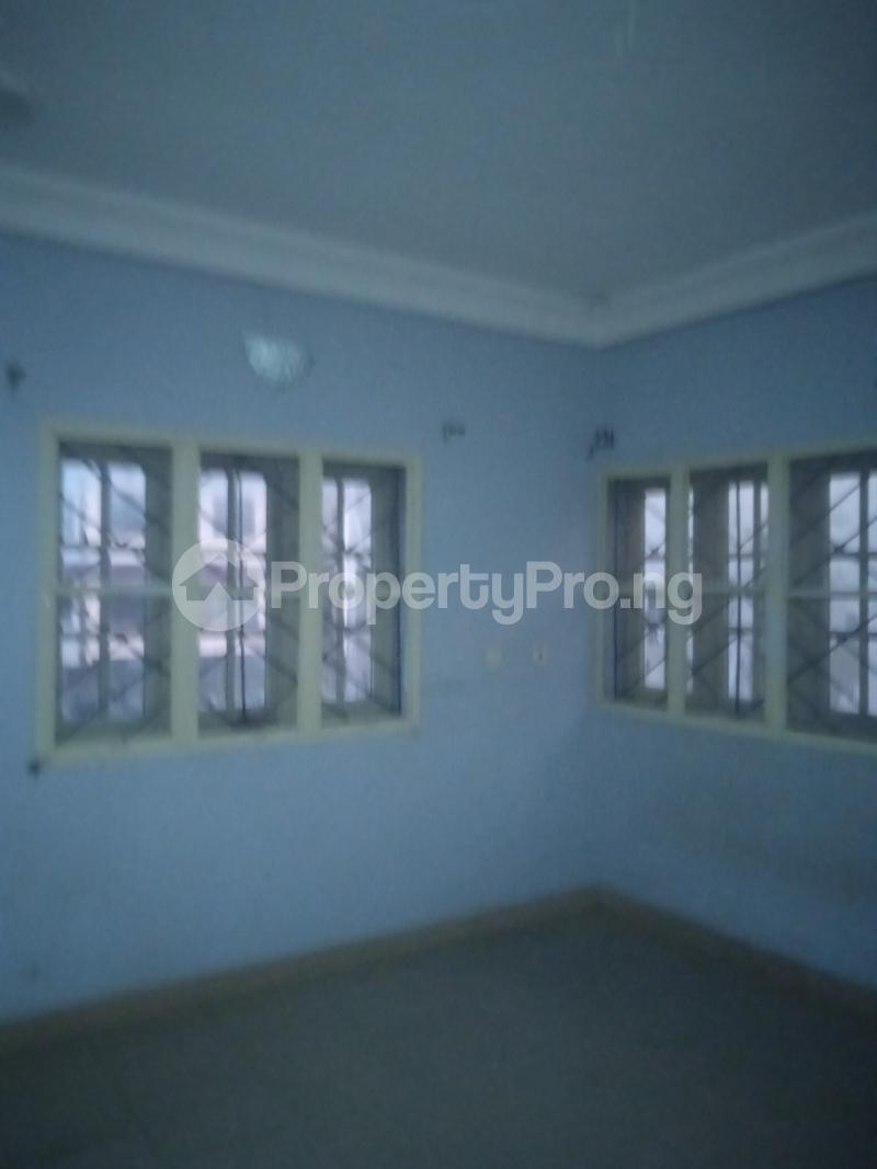 3 bedroom Flat / Apartment for rent Ishola Randle Avenue Surulere Lagos - 1