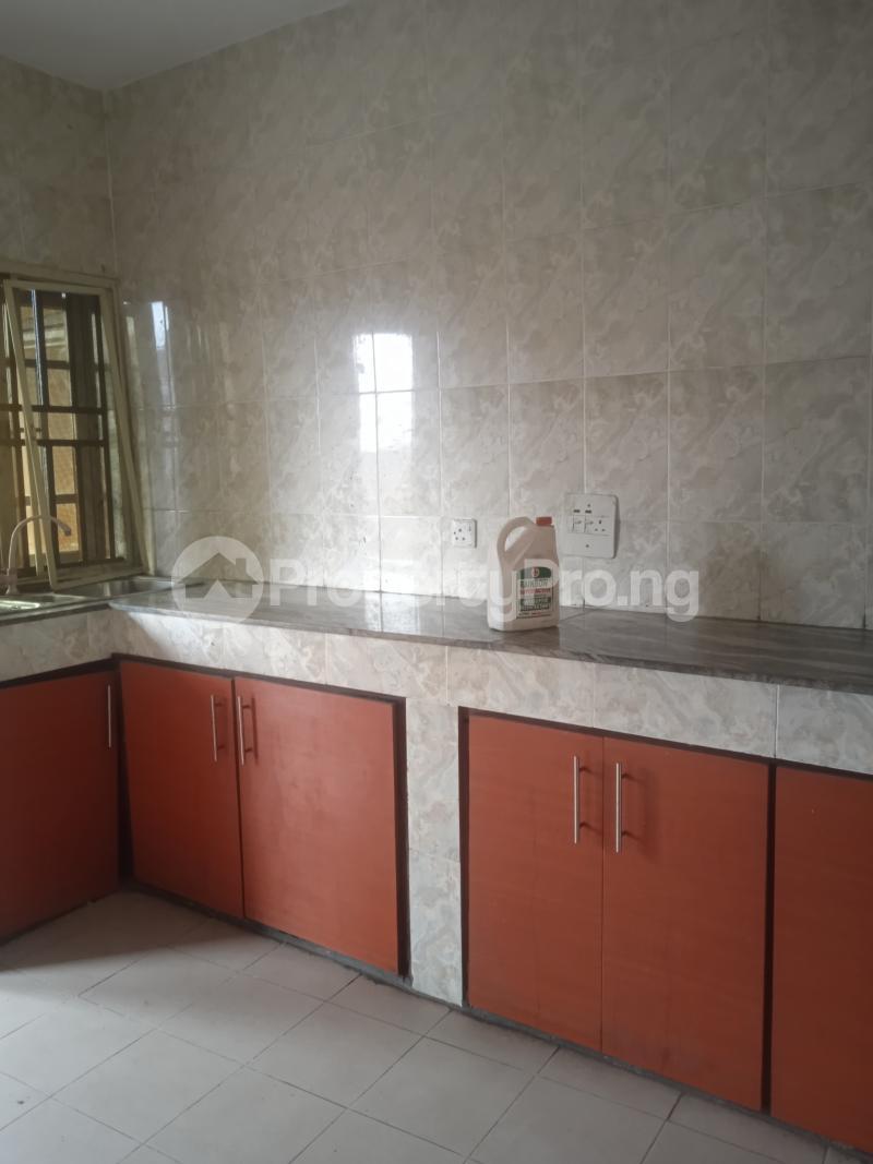 3 bedroom Flat / Apartment for rent Oduduwa Kilo-Marsha Surulere Lagos - 8