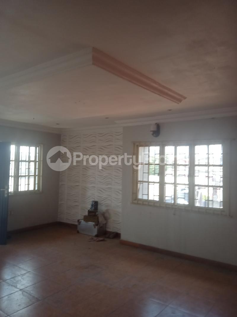 3 bedroom Flat / Apartment for rent Akinsemoyin Bode Thomas Surulere Lagos - 1
