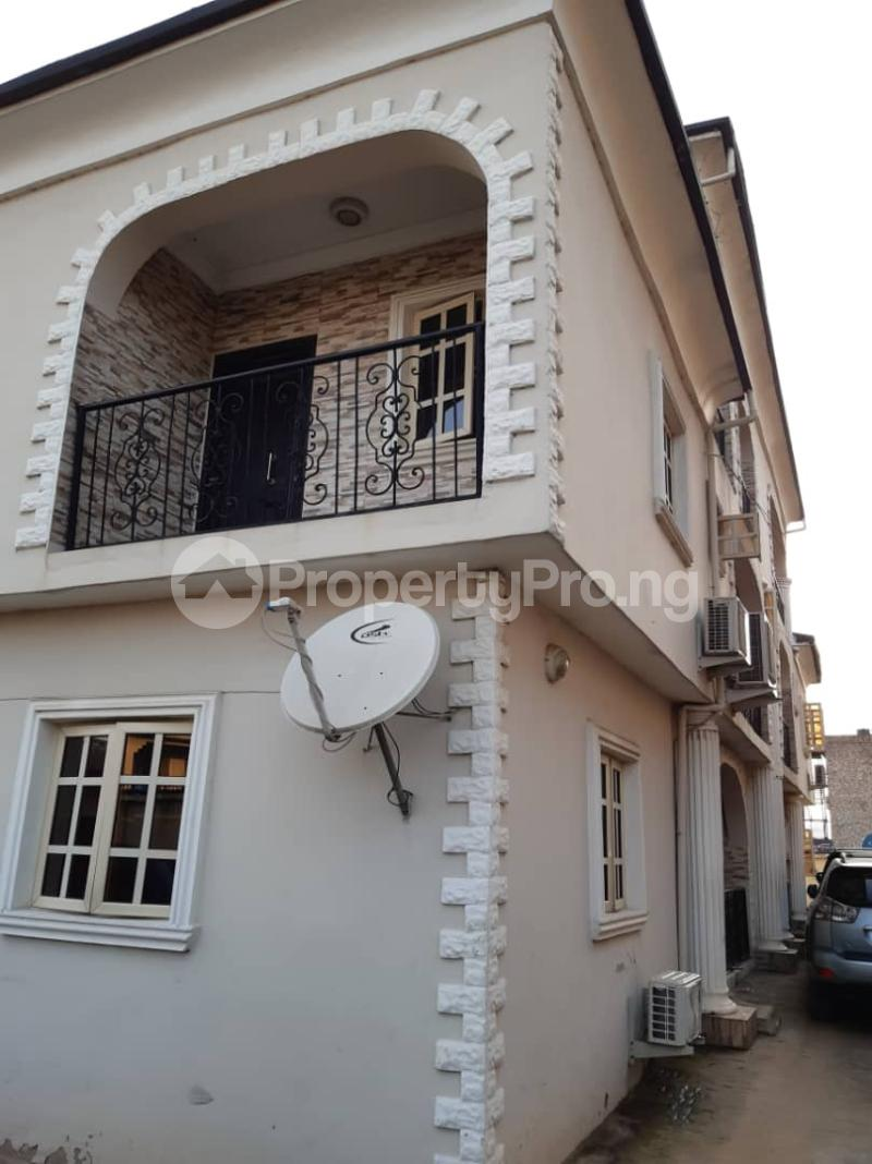 3 bedroom Flat / Apartment for rent Off Pedro road  Palmgroove Shomolu Lagos - 3