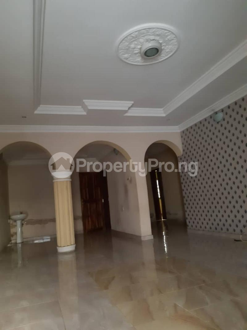3 bedroom Flat / Apartment for rent Off Pedro road  Palmgroove Shomolu Lagos - 4