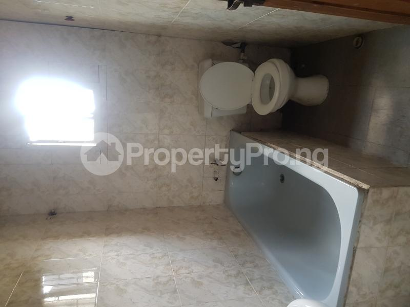 3 bedroom Flat / Apartment for rent Oseni Street Lawanson Surulere Lagos - 7