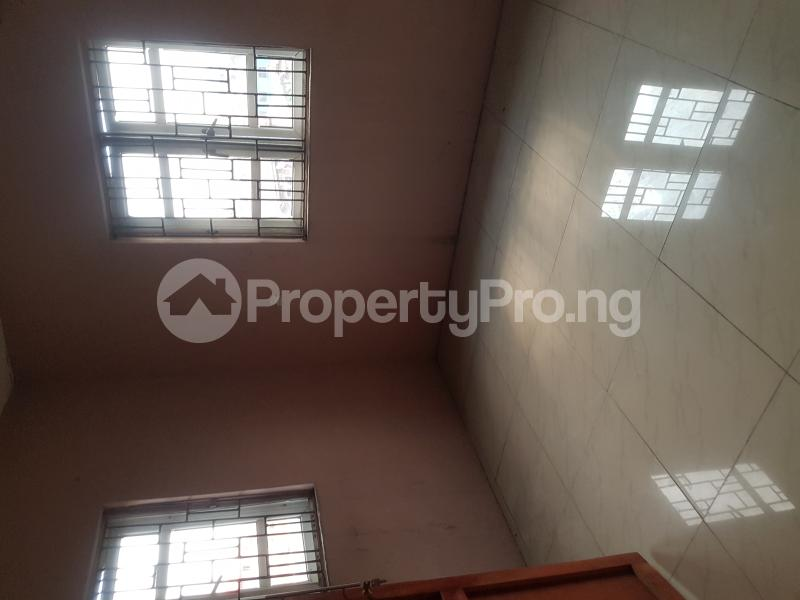 3 bedroom Flat / Apartment for rent Oseni Street Lawanson Surulere Lagos - 4