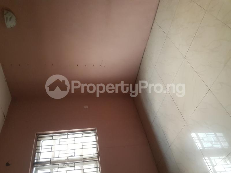 3 bedroom Flat / Apartment for rent Oseni Street Lawanson Surulere Lagos - 9