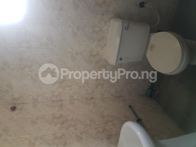 3 bedroom Flat / Apartment for rent Oseni Street Lawanson Surulere Lagos - 10