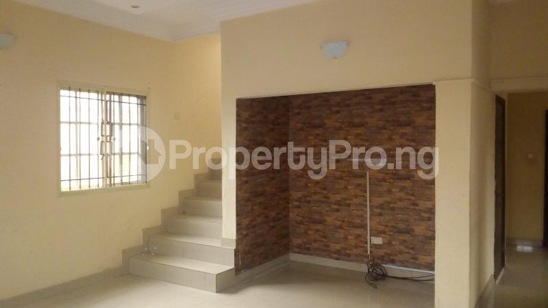 4 bedroom Terraced Duplex House for rent Medina Estate Atunrase Medina Gbagada Lagos - 3