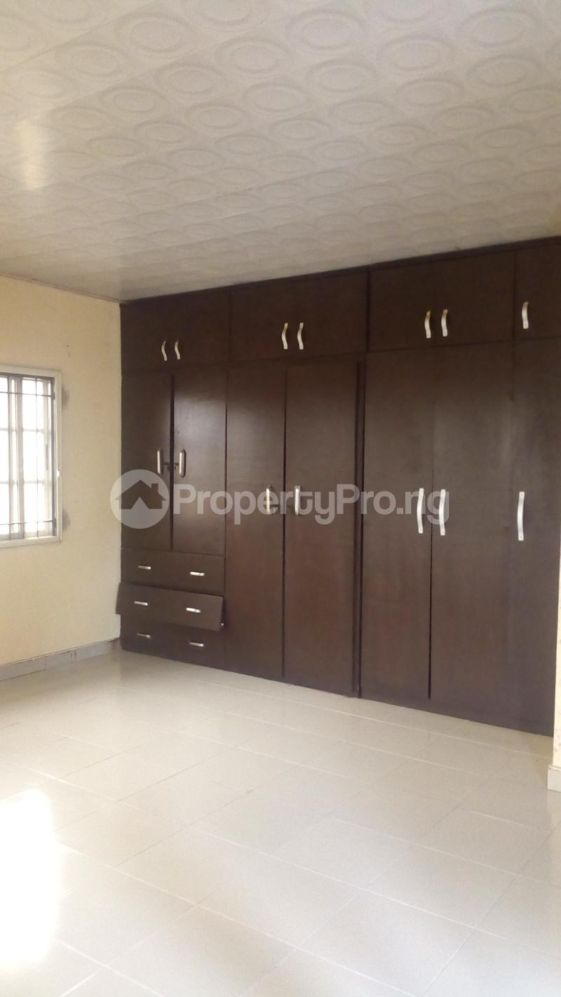 4 bedroom Terraced Duplex House for rent Medina Estate Atunrase Medina Gbagada Lagos - 12