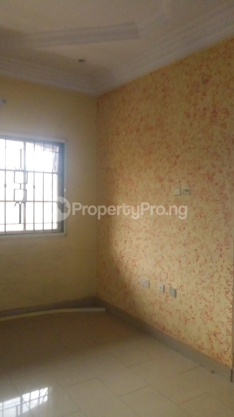 4 bedroom Terraced Duplex House for rent Medina Estate Atunrase Medina Gbagada Lagos - 8
