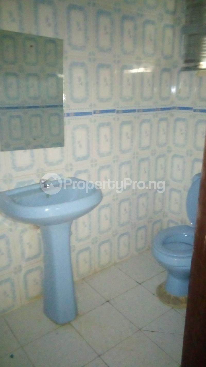 4 bedroom Terraced Duplex House for rent Medina Estate Atunrase Medina Gbagada Lagos - 21