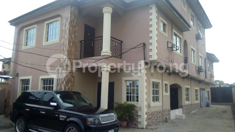 4 bedroom Terraced Duplex House for rent Medina Estate Atunrase Medina Gbagada Lagos - 0