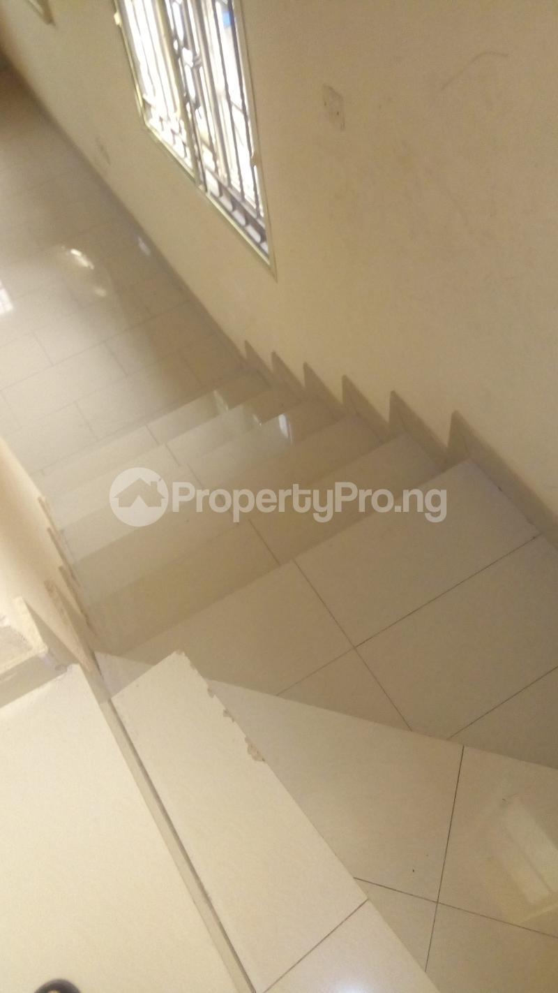4 bedroom Terraced Duplex House for rent Medina Estate Atunrase Medina Gbagada Lagos - 24