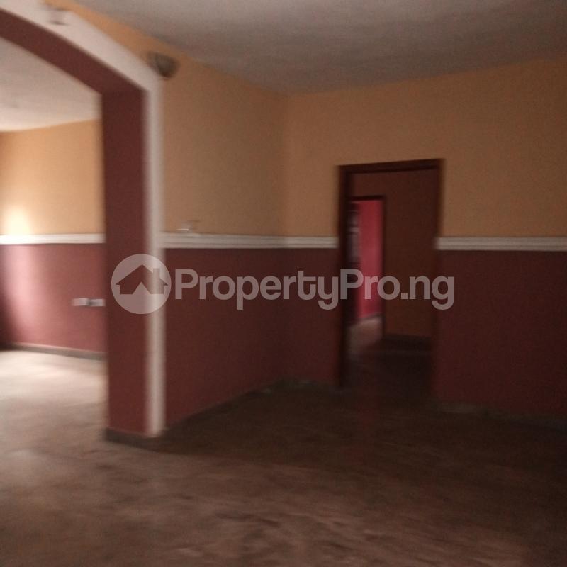 4 bedroom Flat / Apartment for rent Makogi magboro Magboro Obafemi Owode Ogun - 8